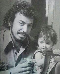 عکس قدیمی لیلا حاتمی و پدرش علی حاتمی