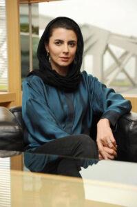 تیپ ساده و زیبای لیلا حاتمی